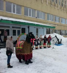 Юные вокалистки студии народной песни Натальи Сережкиной
